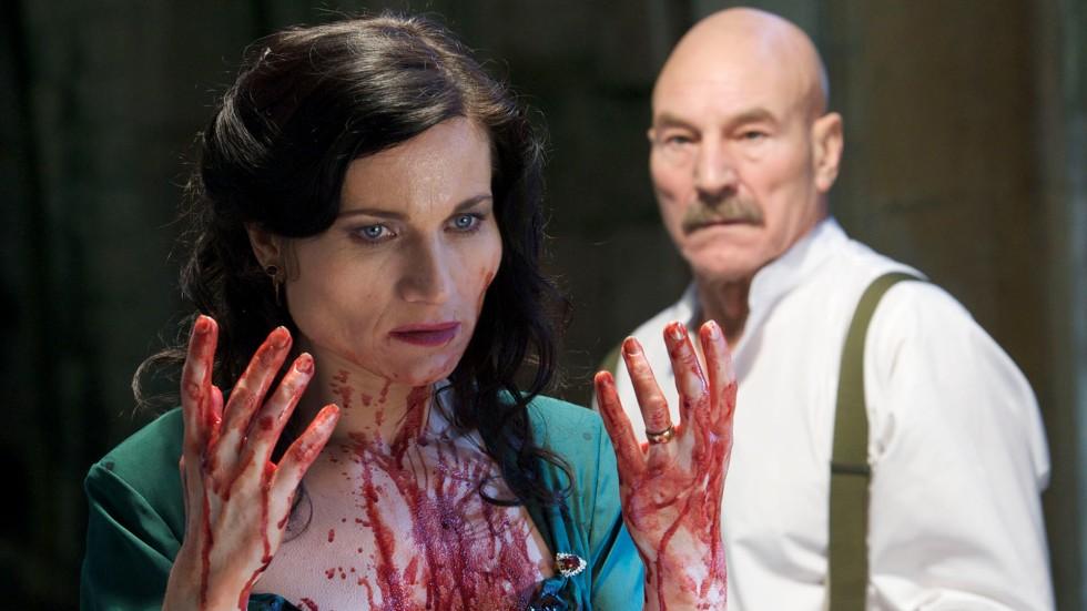 Lady Macbeth take control after Macbeth murders King Duncan, at Lady Macbeth's urging. - Source